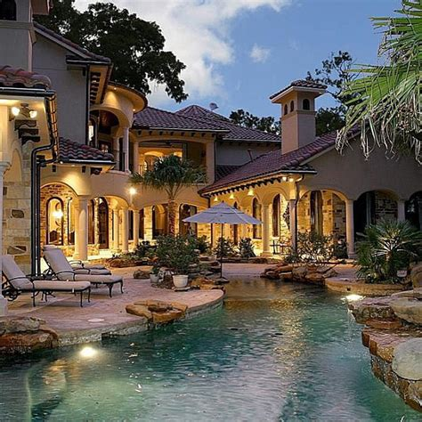 not too big and not too small house designs pinterest not too big not too small this luxurious pool space is