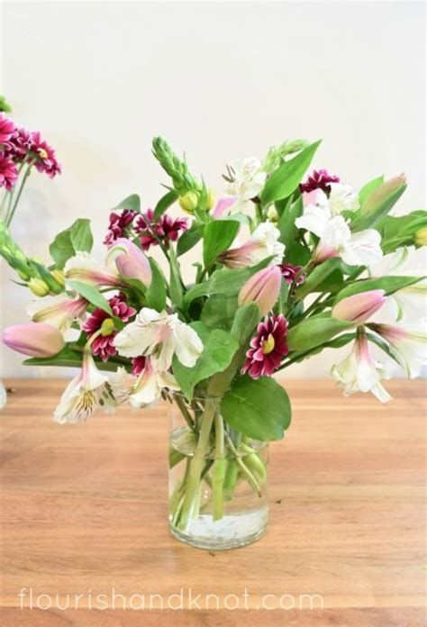 How Do You Arrange Flowers In A Vase by How To Arrange Flowers In A Vase Without Floral Foam