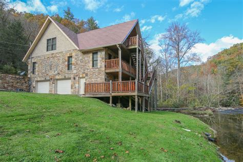Cabins Of Pigeon Forge by Gatlinburg Cabin Riverside Lodge From 460 00
