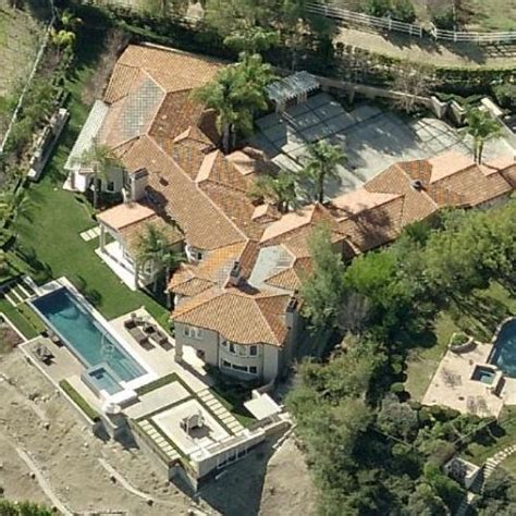 dwayne the rock johnson house address dwayne quot the rock quot johnsons house former in hidden hills