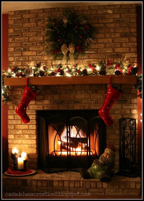 fireplace mantel christmas decorating ideas 2017 2018