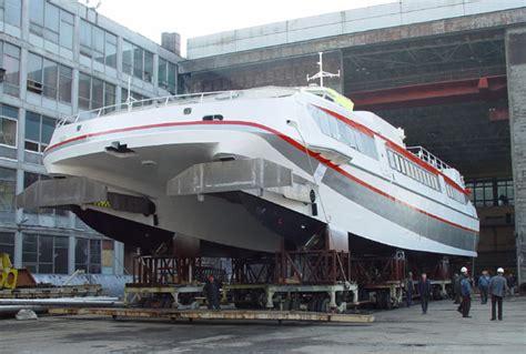 catamaran hull resistance power catamaran hull design related keywords power