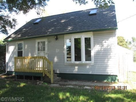 61 71st st sw grand rapids mi 49548 foreclosed home