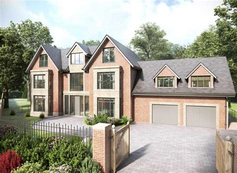 6 bedroom detached house for sale in