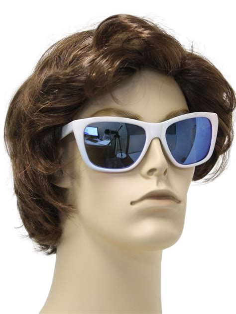 Foster Grant Daring Womens Fashion Style Sunglasses Original eighties foster grant glasses 80s foster grant mens white totally 80s rubber wubbas wayfarer