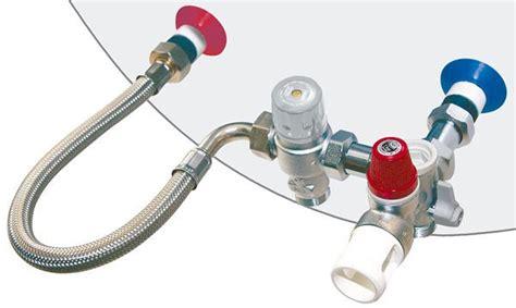 Comment Installer Un Chauffe Eau Electrique Sous Evier by Kit De S 233 Curit 233 Pour Chauffe Eau 233 Lectrique Vertical Thermador