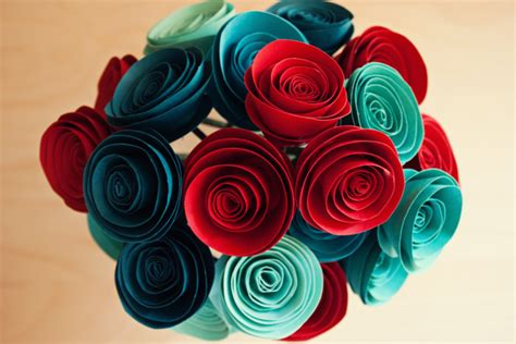 Show How To Make Paper Flowers - c 243 mo hacer flores de papel paso a paso bricolaje10