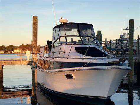 carver mariner boats carver boats 36 mariner 1985 for sale for 100 boats