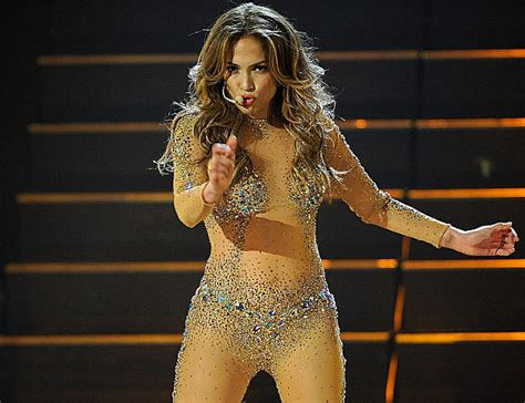 biography in spanish on jennifer lopez jennifer lopez bio
