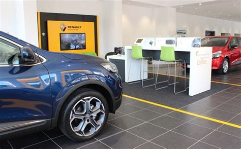 Used Car Garages In Worcester by Savilles Garage Joins Groupe Renault Uk Dealer Network