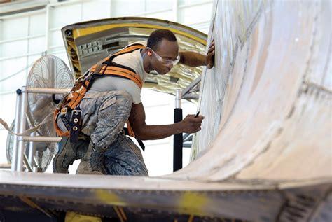 aircraft mechanics hairstyles