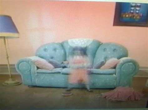 big comfy couch boomerang big comfy couch quot boomerang quot 10 second tidy extremely