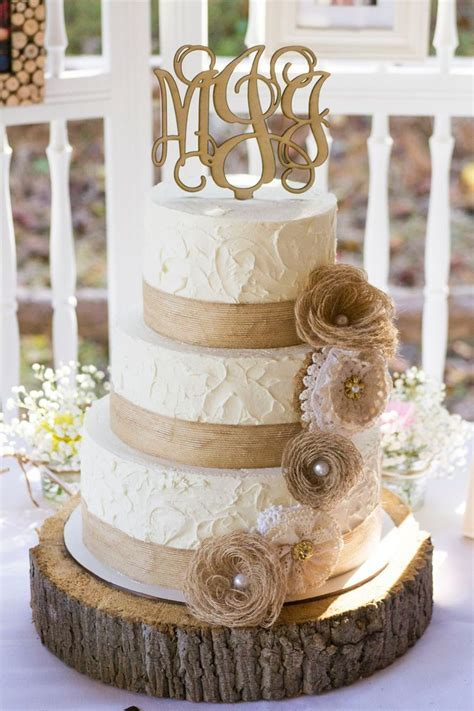 Rustic Burlap and Lace Wedding   Cake   Weddings   Wedding