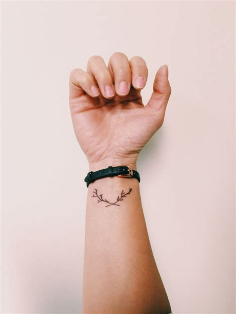 branch tattoo best 25 branch ideas on minimalist