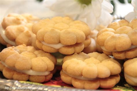 Monasari Butter Cookies With Syrup passions maple syrup butter cookies