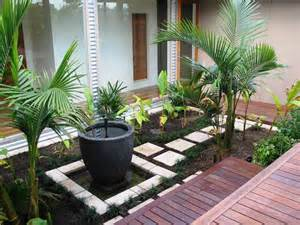 Designing A Small Garden Ideas Small Garden Design Ideas Corner