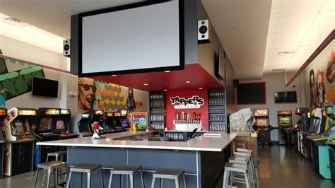 tappers arcade bar indianapolis in tappers arcade bar owners want to share passion for games