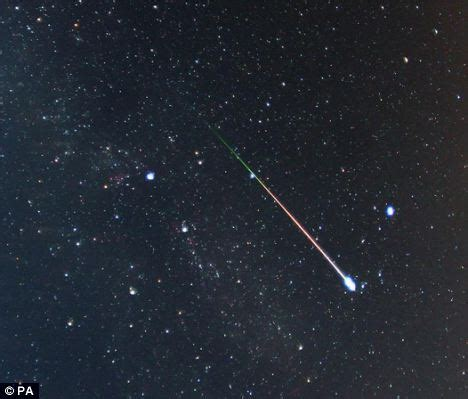 Meaning Meteor Shower by Skywatchers Get Your Sleeping Bags Ready Lyrid Meteor
