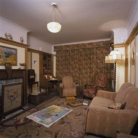 1940 living room decor best 25 1940s living room ideas on 1940s house 1940s home and 1940s home decor