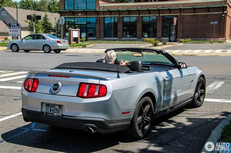Mustang Auto 2010 by Ford Mustang Gt Convertible 2010 20 August 2016 Autogespot
