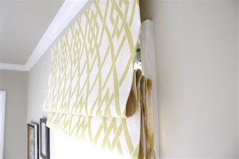 Relaxed Roman Shade Pattern - share