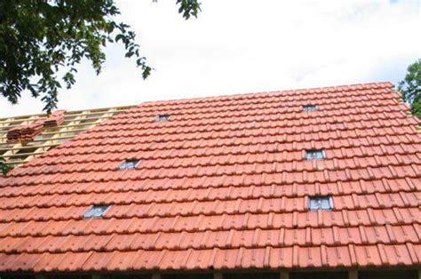 Tuiles En Verre by Installation Des Tuiles Transparentes Distriartisan