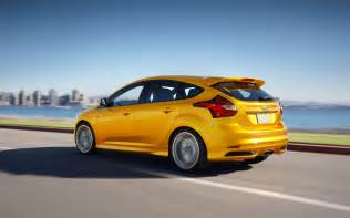 Are Ford Focus Cars Ford Focus St Rear Three Quarters In Motion Photo 11