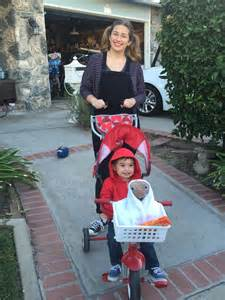 halloween costumes for mom and toddler elliot and gertie from et mom and baby toddler costume for