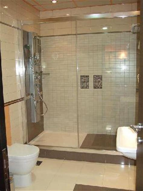 Big Tub With Shower Creative Juice Tubs Vs Showers
