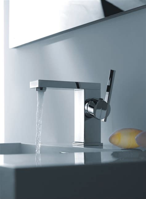 modern bathroom sink faucets 10 modern bathroom sink faucets that totally sizzle