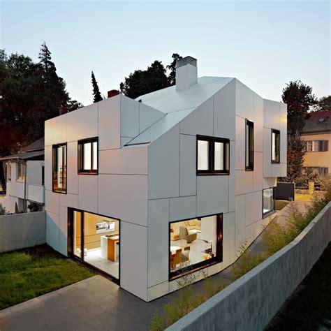 a a house by dva arhitekta