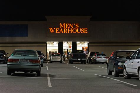 mens warehouse file mens warehouse jpg wikimedia commons