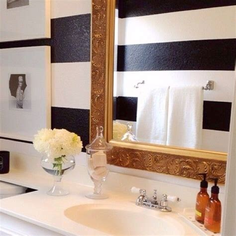 how to decorate bathroom walls best 25 gold striped walls ideas on pinterest gold room