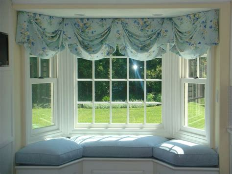 bow window seat 17 best ideas about window seat cushions on