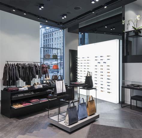 Porsche Unternehmen by Unternehmen Porsche Design Er 246 Ffnet Store In D 252 Sseldorf