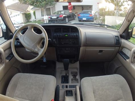2001 Isuzu Rodeo Interior by 2001 Isuzu Trooper Interior Pictures Cargurus