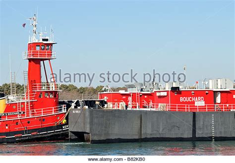 narrow boat locking fuel cap fuel barge stock photos fuel barge stock images alamy