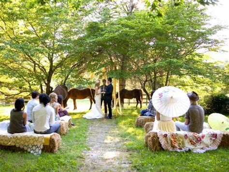 Simple Country Wedding Decorations by Straw Bale Seating For Your Wedding Unconventional But