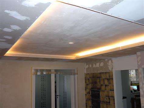Decke Mit ärmel Kaufen by Awesome Abgeh 228 Ngte Decke Wohnzimmer Contemporary Home
