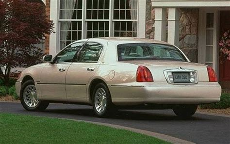 1999 lincoln town car reviews 1999 lincoln town car warning reviews top 10 problems