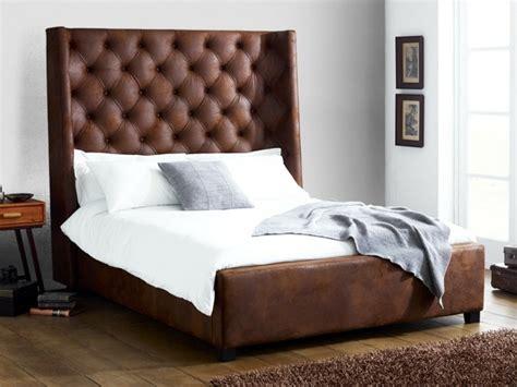 choisissez un lit en cuir pour bien meubler la chambre 224