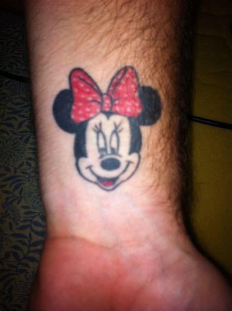 minnie tatuagem com tatuagens tattoo