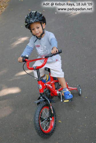Tas Naik Sepeda blognya ditya july 2009