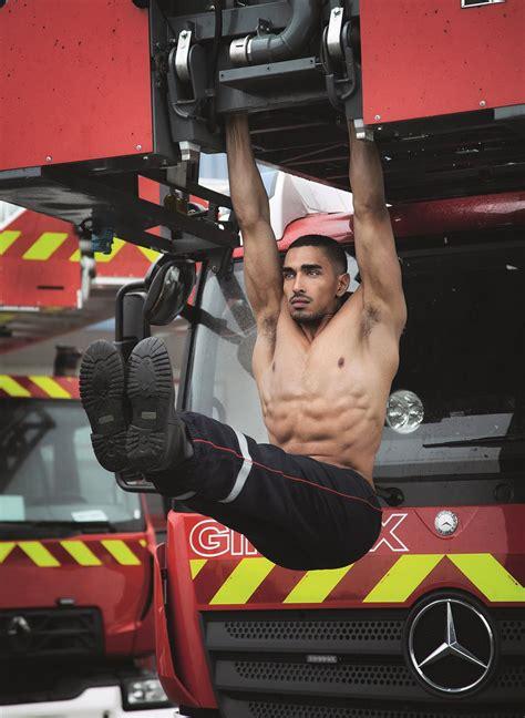 Calendrier Pompiers De Chaud Le Calendrier Des Pompiers 2018 Est L 224