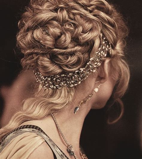 how to do renaissance hairstyles renaissance renaissance hair and hair on pinterest