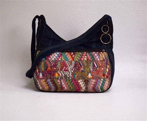 tribal pattern purse vintage tote 1970s boho hippie tribal purse woven