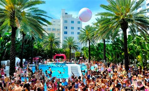 36 best images about the miami south beach look on the best pool parties in south beach miami red south