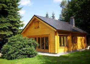 holzhaus garten inhortas holzhaus mit schlafboden ein gartenhaus in