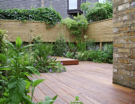 Decked Garden Ideas Taking Refuge In The City On A Rooftop Garden Oasis