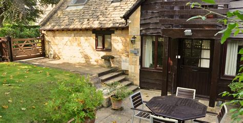 cottage hire cotswolds cotswold cottages self catering